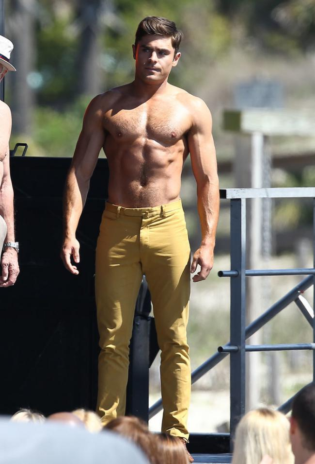 zac efron grand-2