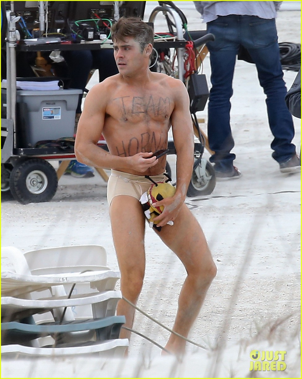 "Semi-Exclusive... Zac Efron Strips Down On The Set Of ""Dirty Grandpa"""