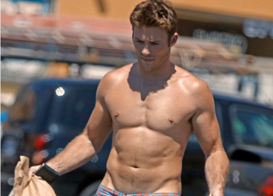 Scott Eastwood Goes Commando And You Can See Pretty Much Everything! [NSFW-ish]