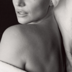 STOP PRESS! Britney's MUST-SEE Photo In Mario Testino Towel Series