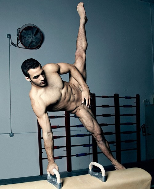 Man Candy Olympic Gymnast Danell Leyva Shows More Than -2765