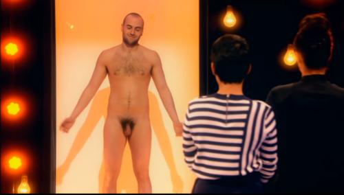 naked-att2