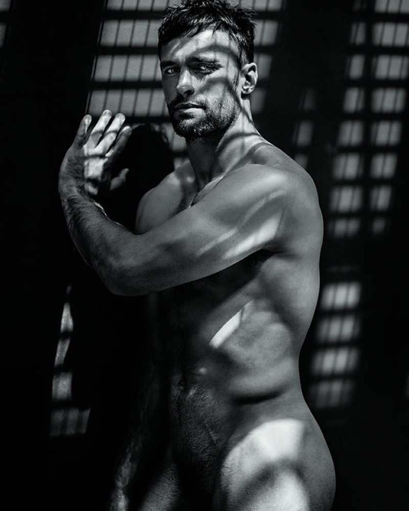 Deux dv stade naked