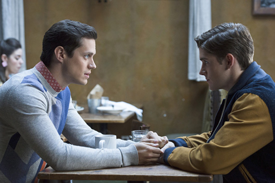 """The Carrie Diaries -- """"Date Expectations"""" -- Image Number: CD210a_0055b.jpg -- Pictured (L-R): Jake Robinson as Bennet and Brendan Dooling as Walt -- Photo: Michael Parmelee/The CW -- © 2013 The CW Network, LLC. All rights reserved."""