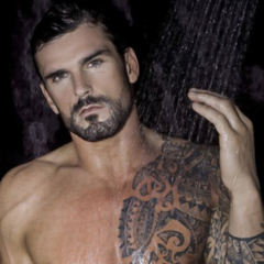 MAN CANDY: Rugby Hunk Stuart Reardon Shows Tackle in Unseen Full-Frontal Snaps [NSFW]