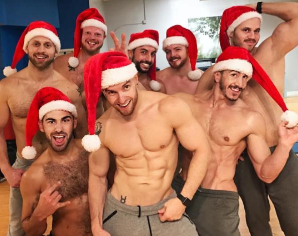guys-naked-with-santa-hats