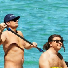 VIRAL: British Comedians Alan Carr & David Walliams Recreate THAT Orlando & Katy Moment