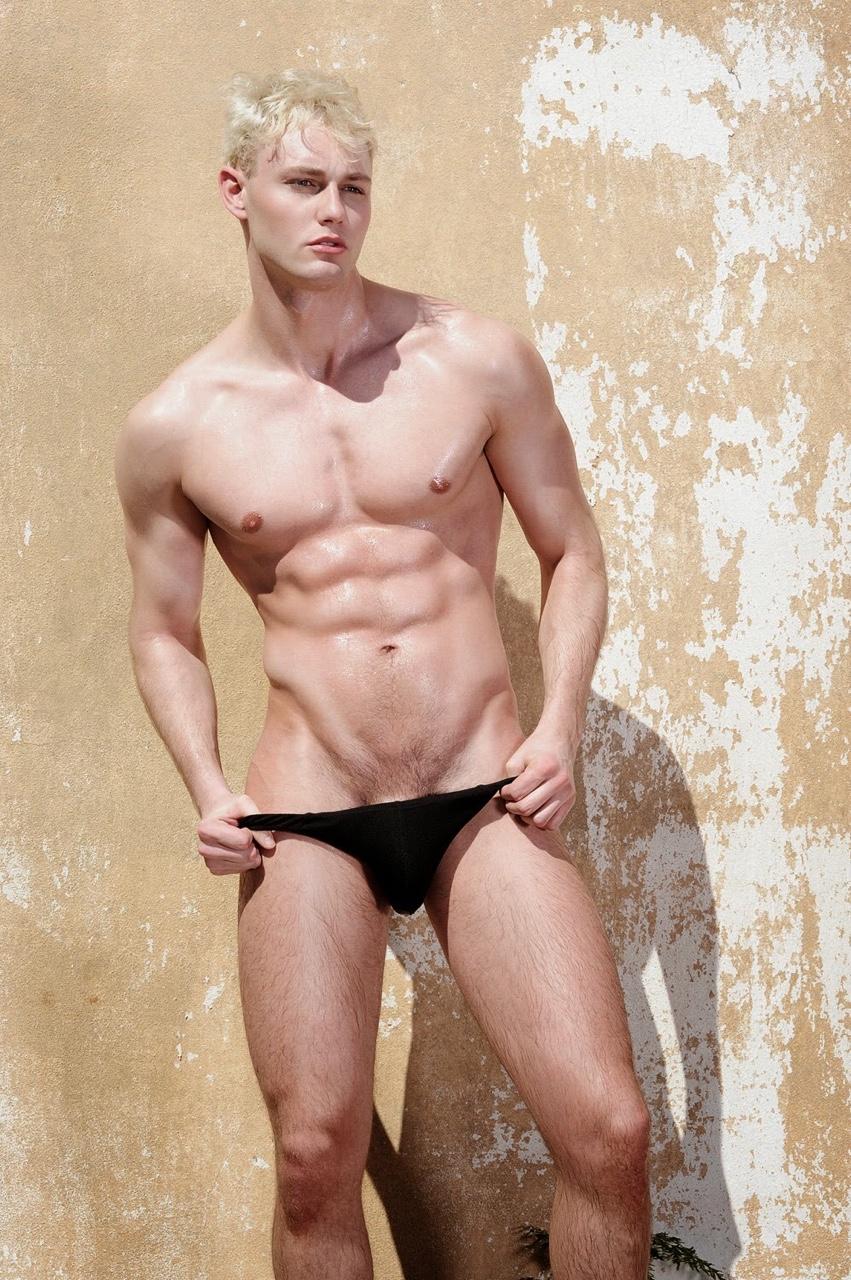 Naked male pole dancer-3865