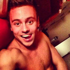 NEWS: Tom Daley Admits Cybersex Cheat with Fan as Snapchat Sex Tape Emerges