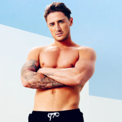 MAN CANDY: Stephen Bear Presents Bubble Butt like Pro-Bottom in Naked Snaps [NSFW]