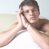 Gay Man Claims Hypnosis turned him from a Total Top into a Greedy Bottom