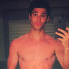 VIRAL: Darren Criss Whips off his Speedos for Near-Naked Selfie