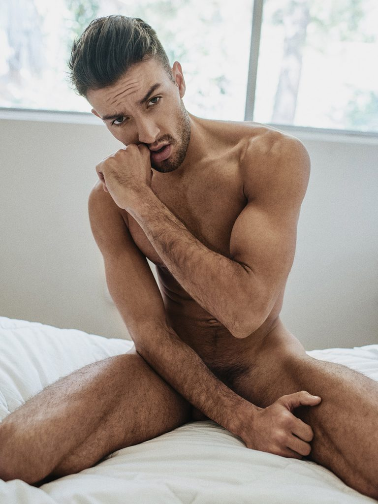 sexy all naked men