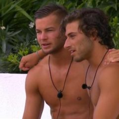 GOSSIP: 'Love Island' Straight Guys Trim Initials into Each Other's Pubes — Because, Bromance [Video]