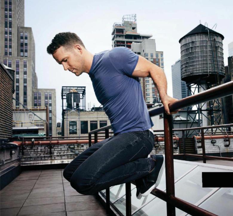 Men S Health: MAN CANDY: Ryan Reynolds Flaunts Serious Guns For Men's