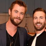 Chris Evan tip-toeing to Hug Chris Hemsworth goes Viral