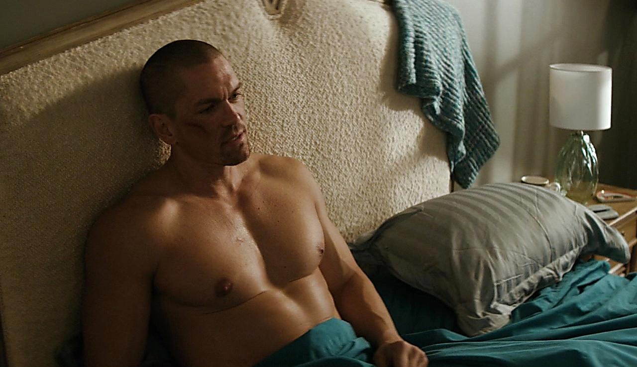 Steve howey nude pics