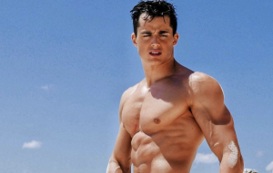Pietro Boselli goes Naked for Earth Day - Cocktailsandcocktalk