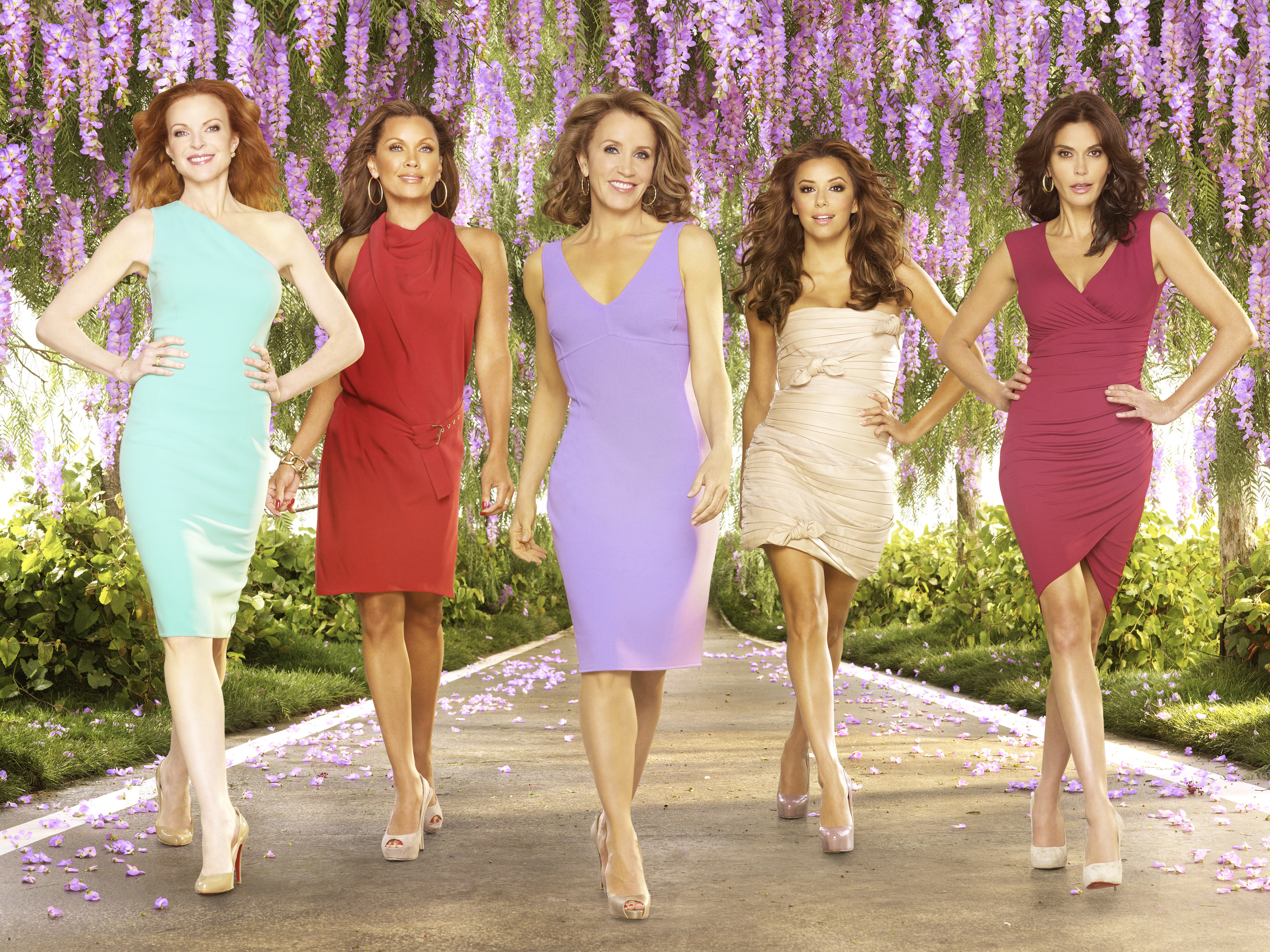 Desperate Housewives Cast Reuniting But Without These Stars Cocktailsandcocktalk See agents for this cast & crew on imdbpro. https www cocktailsandcocktalk com 2020 04 desperate housewives cast reuniting but without these stars