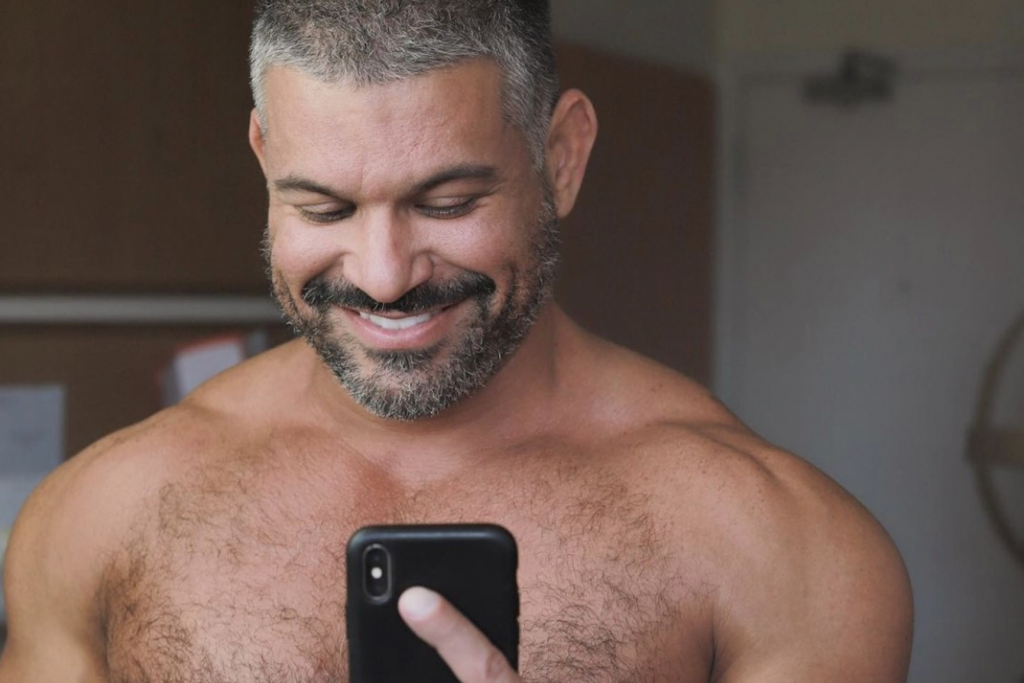 """Will Apple remove Grindr and Scruff as part of their """"hookup"""" app ban?"""