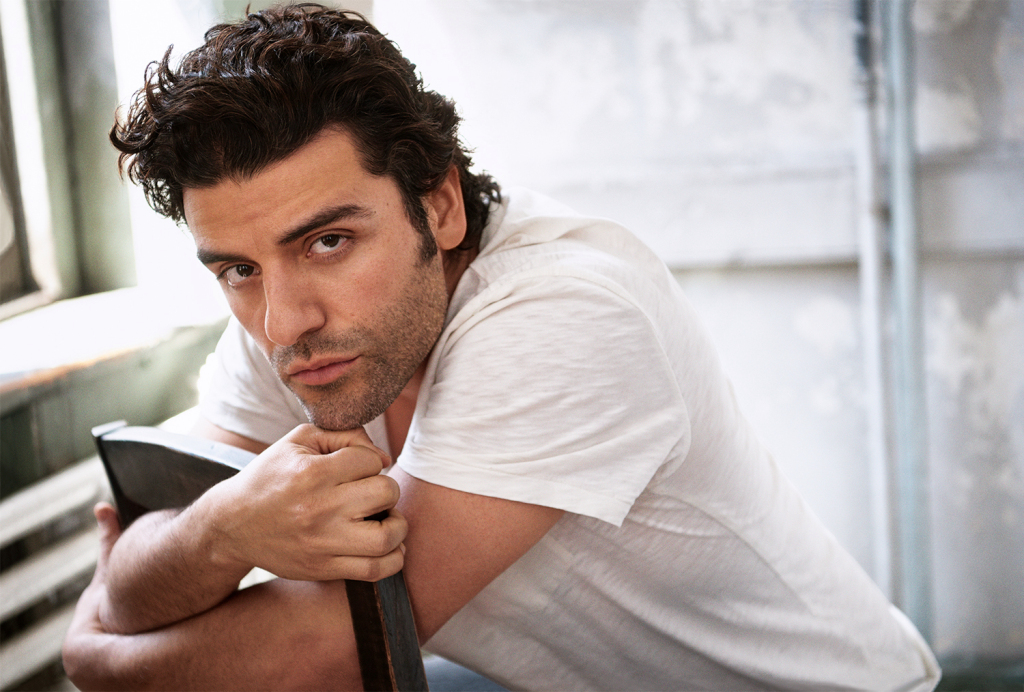 NSFW: Oscar Isaac went full-frontal and flooded Twitter